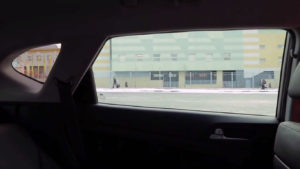 Вид на заднее окно изнутри hyundai tucson 2016