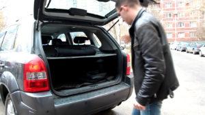 Открытый багажник Хендай Туссан 2007 года