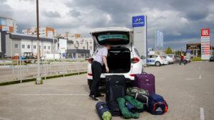 Открываем багажник